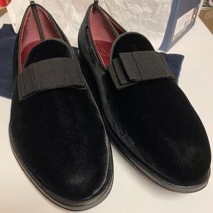 Brand new Suit Supply Black Velvet Loafers